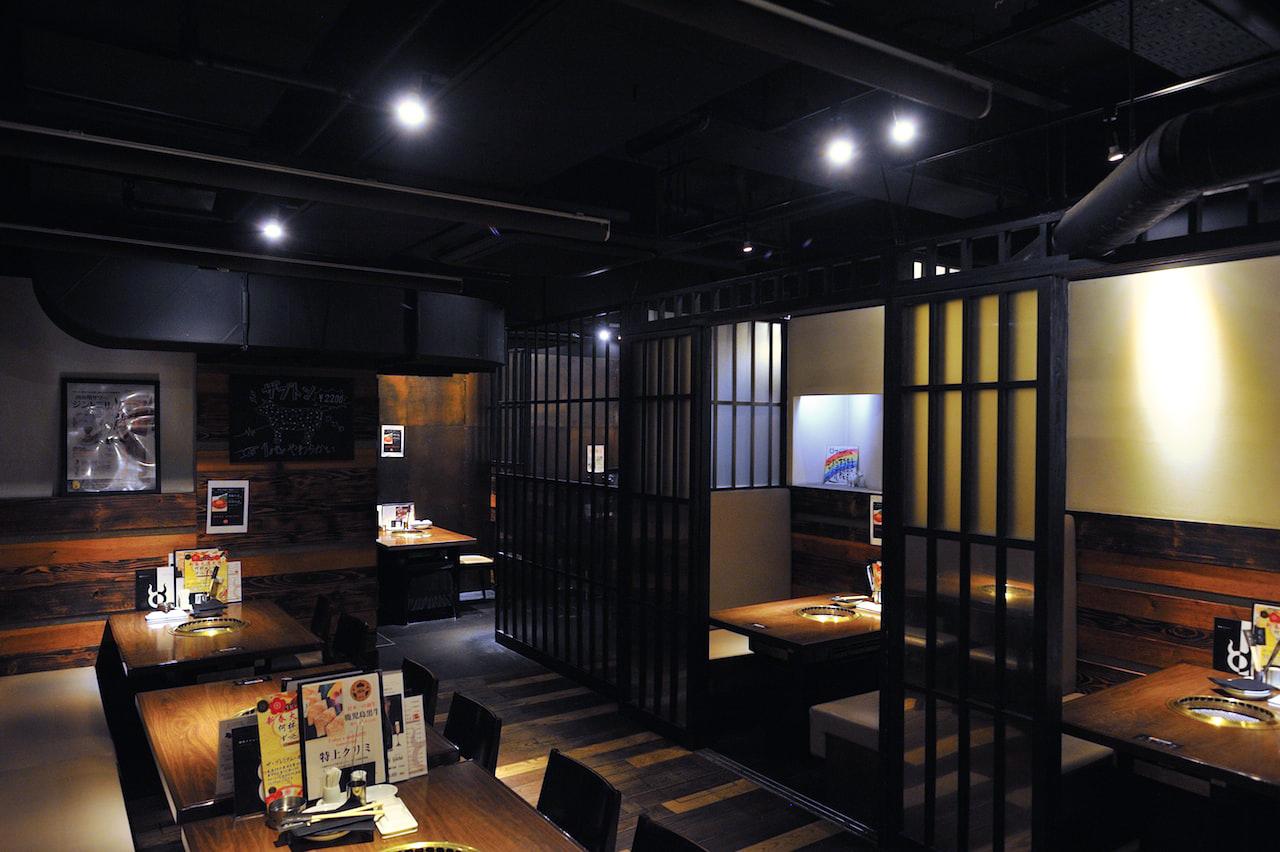 炭火焼肉ブラックホール 歌舞伎町本店の写真