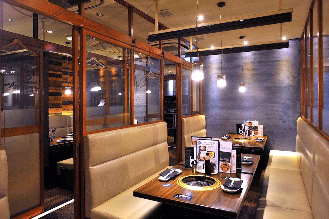 炭火焼肉ブラックホール 新宿三丁目店